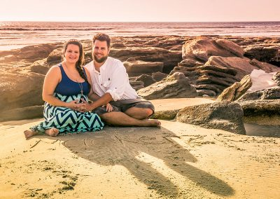 Tredo family maternity beach shoot